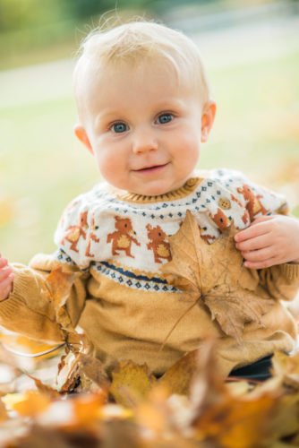Peal in the Autumn leaves - Carlisle baby photographers
