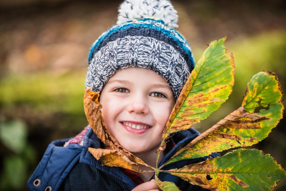 Leaf as big as his head, Autumn portraits Carlisle