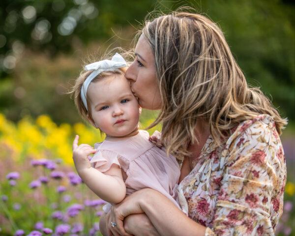 Kisses from Mum, Sheffield newborn photographers